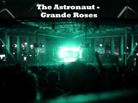 The Astronaut - Grande Roses