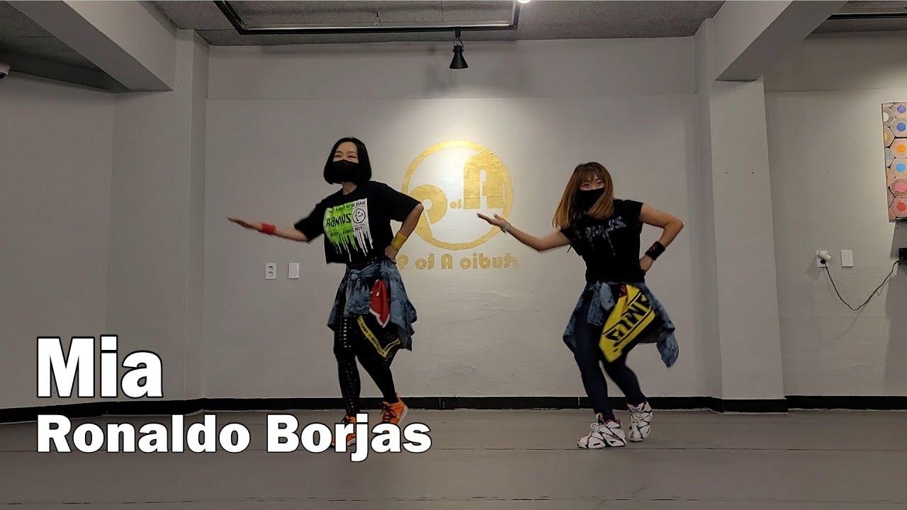 Mia - Ronaldo Borjas(Mega Mix 79) / Zumba® / Easy Dance Fitness / Diet /  ZIN™ / WZS CREW