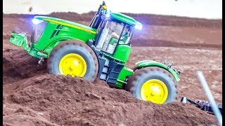 RC trucks, tractors and machines! Mercedes, John Deere and more!