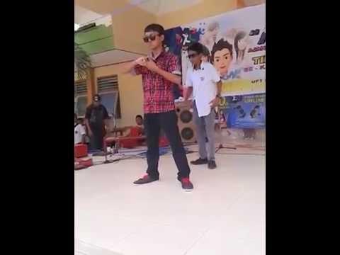 Penampilan Dance di AXSIS SMP NEGERI 2 SUMENEP