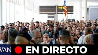 LOS INDEPENDENTISTAS OCUPAN EL AEROPUERTO DE BARCELONA | EN DIRECTO