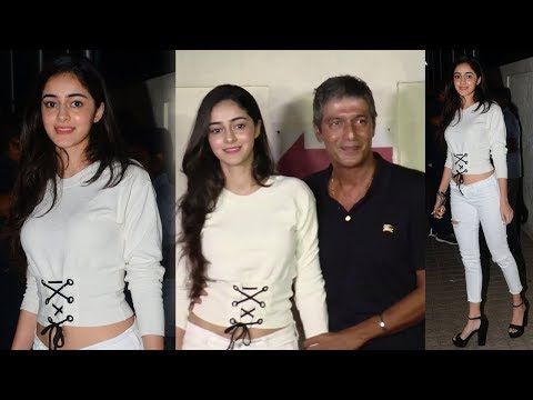 Chunky Pandey With HOT Daughter Ananya Pandey At Judwaa 2 Special Screening