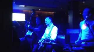 Biggs B Sonic - Summertime Blues live in Hamburg im Cowboy und Indianer 04.03.15