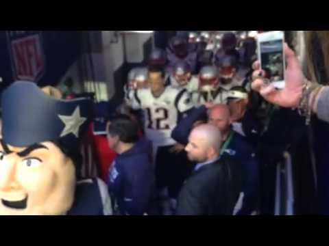 Patriots tunnel Super Bowl XLIX