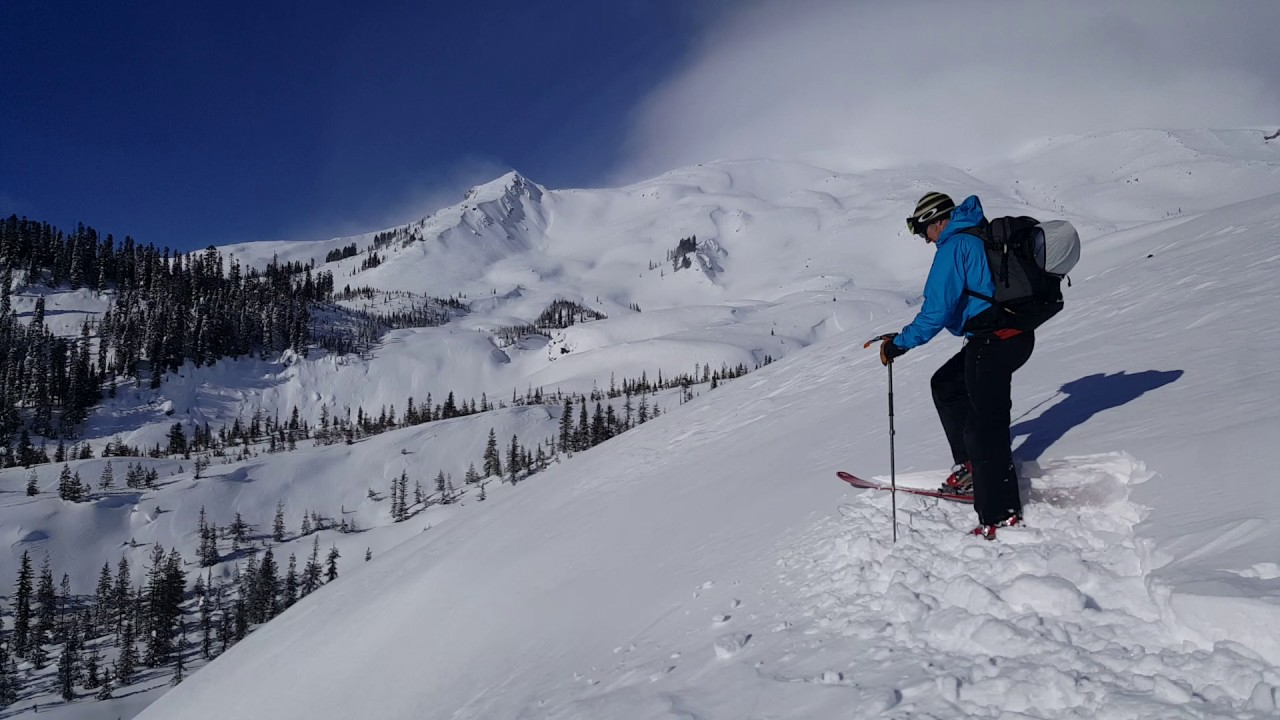 mt st helens slab avalanche. excellent footage of skier triggered