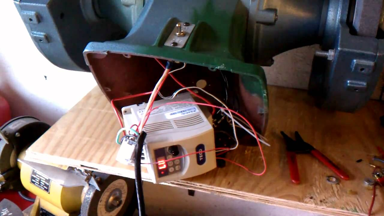 10 grinder on off sequence w vfd youtube for Vfd for 1hp motor