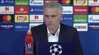 Mourinho contesta en italiano a una periodista española