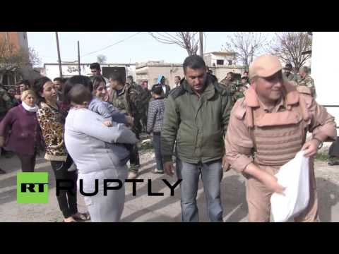 Syria: Russian humanitarian aid delivered to civilians in Homs province