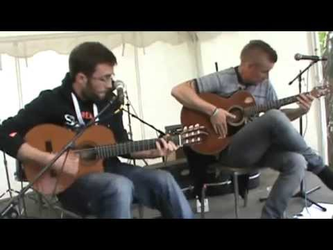 ShowHawk Duo - Tribute to Daft Punk - Alice Park 2014 - Larkhall Festival
