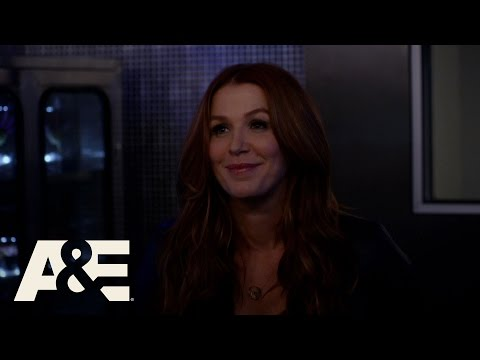 Unforgettable: Carrie Tests Her Lungs Season 4, Episode 8  A&E