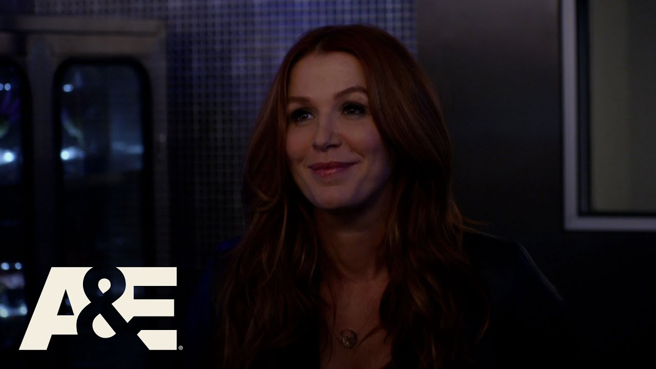 Download Unforgettable: Carrie Tests Her Lungs (Season 4, Episode 8) | A&E