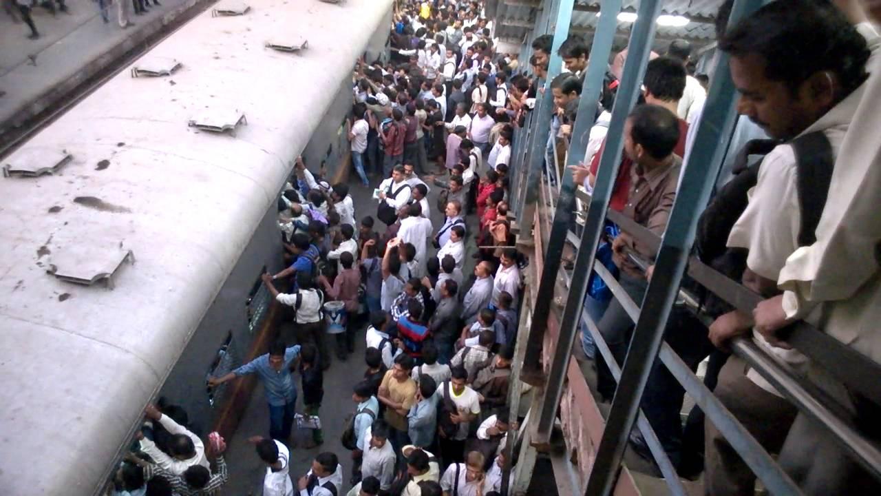 Kurla station - harbour line (Mumbai Local) - YouTube