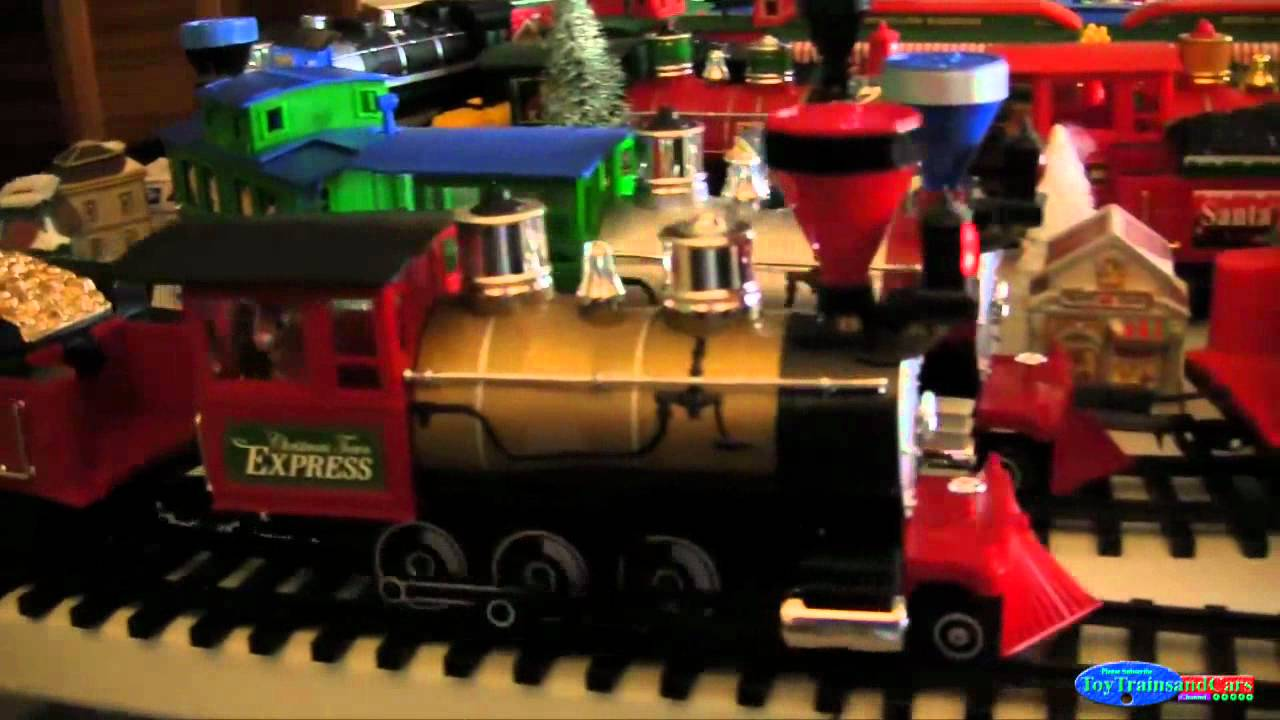 Toy Trains And Christmas : Christmas town g scale toy train youtube