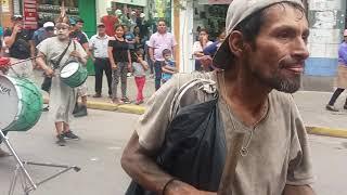 EL LOCO BAILARÍN SE ROBA EL SHOW EN GAMARRA