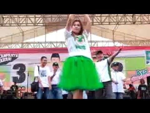 Ayu Arsita - Asmoro - New Pallapa Live GOR Sidoarjo 2015