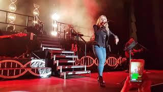 Anastacia - Back in Black (AC/DC) Prague live 2018