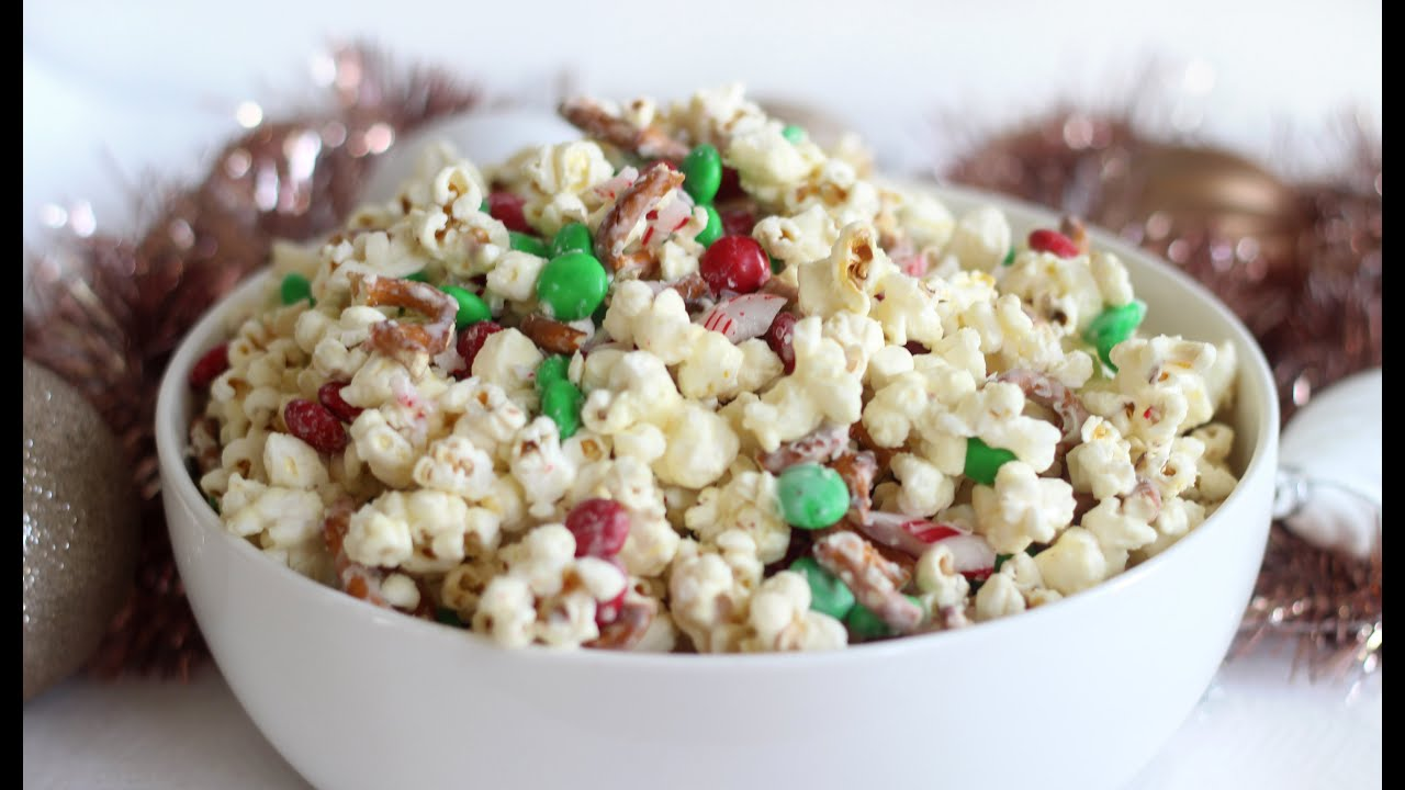 Christmas Crunch Popcorn | Christmas Recipe - YouTube