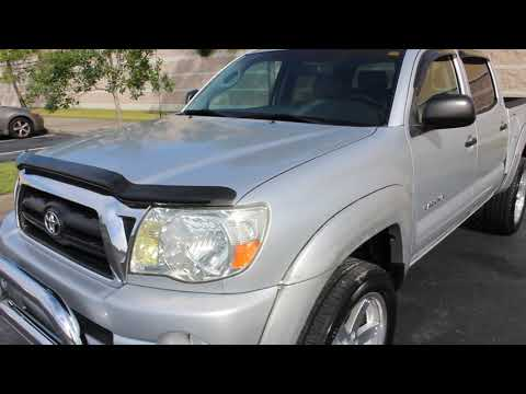 2006 SILVER TOYOTA TACOMA DOUBLE CAB PRERUNNER XSP (3TMJU62N66M) with an 4.0L engine, Automatic transmission, located at 6921 40th St N, Pinellas Park, FL, 33781, (727) 366-8136, 27.834944, -82.687653 - Photo #0