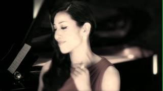 パリコレのステージから音楽のステージへ 美の伝道師アンミカが送るアコースティックカヴァーソング集 CD 『Bittersweet Memories - AHN MIKA Acoustic...