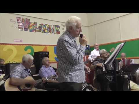 Kilmood Music Club { John Hollinger / Devil Woman }
