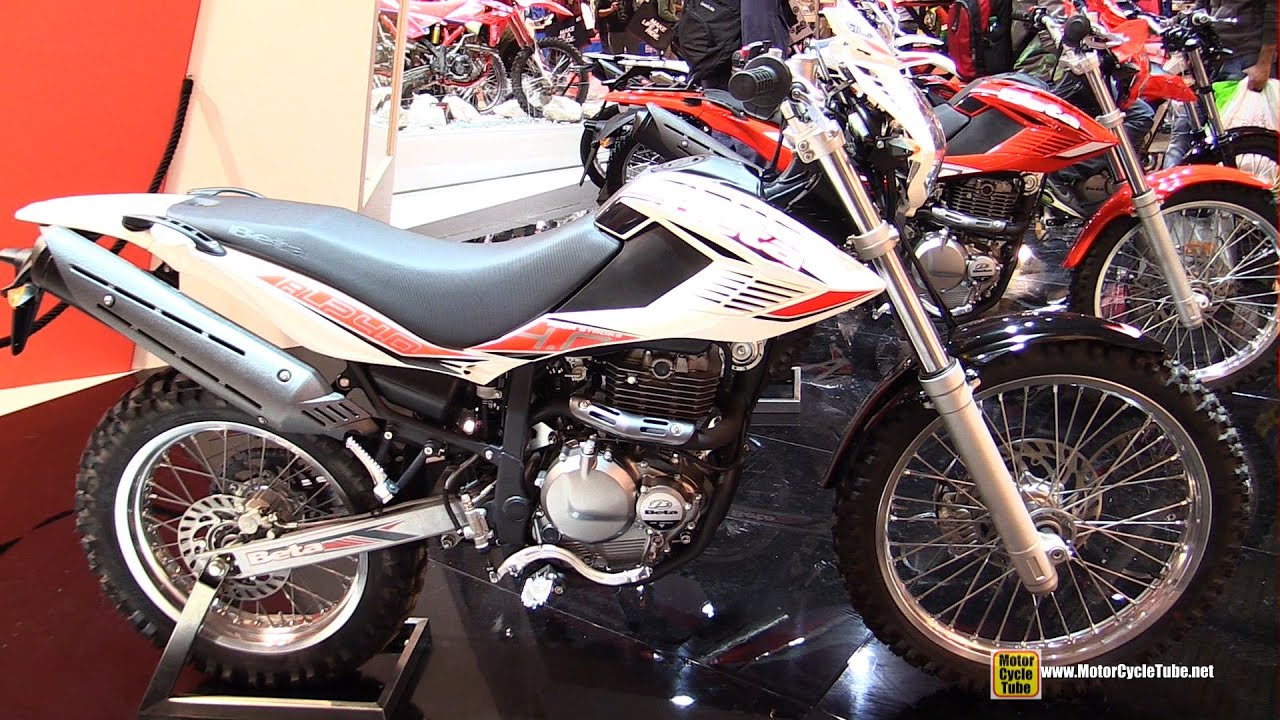 2015 beta alp 4 0 walkaround 2014 eicma milan motorcycle exhibition youtube. Black Bedroom Furniture Sets. Home Design Ideas