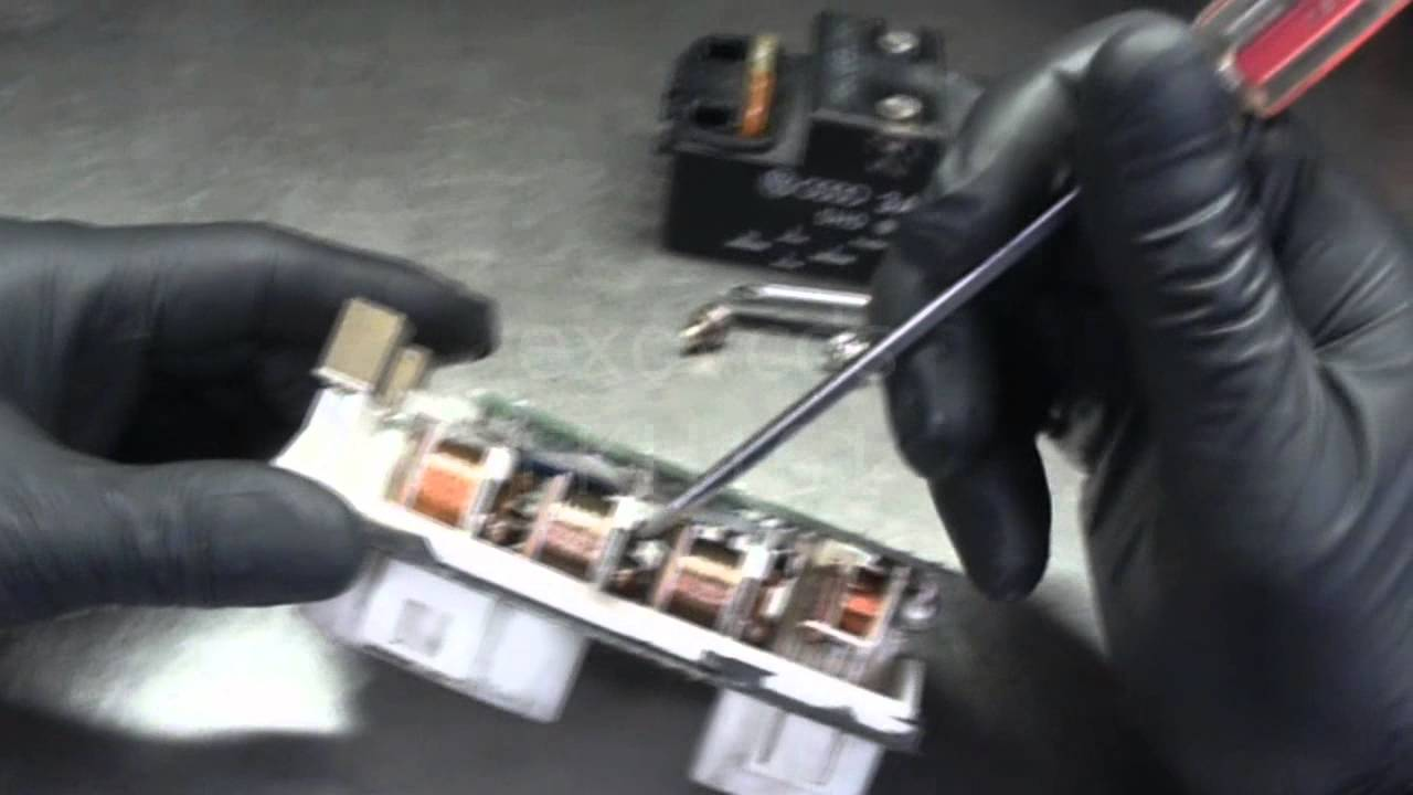 small resolution of vw a3 coolant fan control module autopsy for lack of a better word youtube