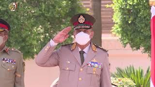 القائد العام للقوات المسلحة وزير الدفاع والإنتاج الحربى يلتقى رئيس هيئة الأركان المشتركة الباكستانية