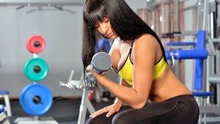 Накачать мышцы рук девушке в домашних условиях(Накачать мышцы рук девушке в домашних условиях не составляет никакого труда. Главное правильно выполнять..., 2015-06-22T23:25:01.000Z)