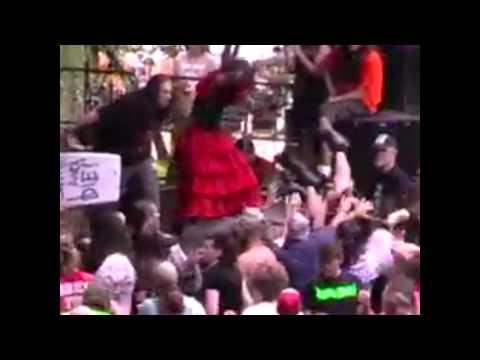 Sevillian Grinders at Obscene Extreme 2011