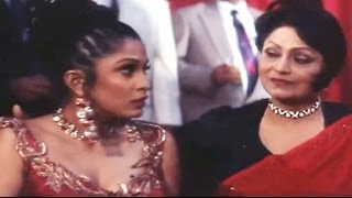Govinda in Singapore Club - Banarasi Babu Scene