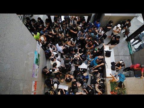香港民眾「接放工」 一度癱瘓稅務大樓 20190624 公視晚間新聞