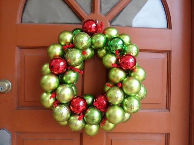 DIY Corona de esferas para Navidad /DIY Christmas ornament wreath