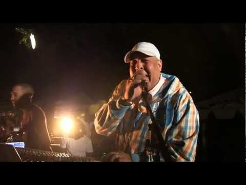 KING JAMMY'S AT THE CONTROL - LIVE SET @ GARANCE REGGAE FESTIVAL 2011