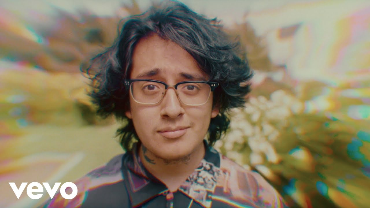 Download Cuco - Keeping Tabs (feat. Suscat0) (Official Music Video)