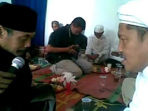 KH Zainal Ali saat Pernikahan Syamsul Arifin dan S...