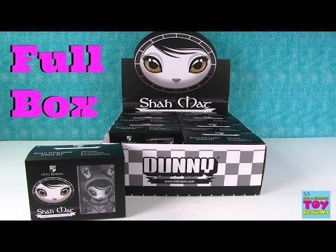 Shah Mat Dunny Full Box Chess Figures Kidrobot Blind Box Opening | PSToyReviews