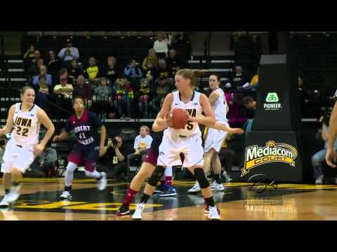 Dixon and Peschel Lead Hawkeyes to 85-67 Win