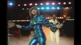 Earth & Fire - Weekend  (Video)