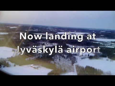 Flight from Helsinki landing at Jyväskylä airport