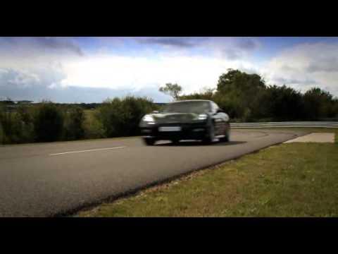 Porsche Panamera Turbo - Porsche Experience TV