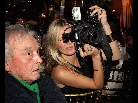 kate-moss-and-beyonce-portraits-on-show-at-david-bailey-exhibition