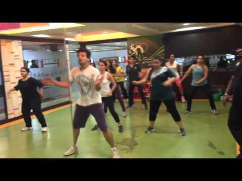 Sia - Cheap Thrills ft. Sean Paul Zumba® Fitness...