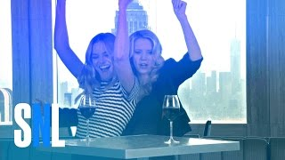 SNL Host Margot Robbie and Kate McKinnon Have a Pre-Premiere Pre-Party