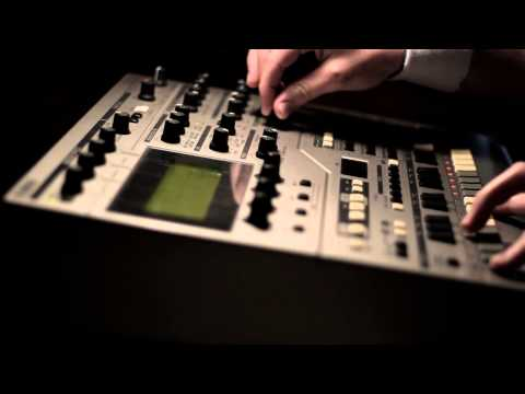 The dying sun: Yamaha RS7000 groovebox ambient demo (RS7K)