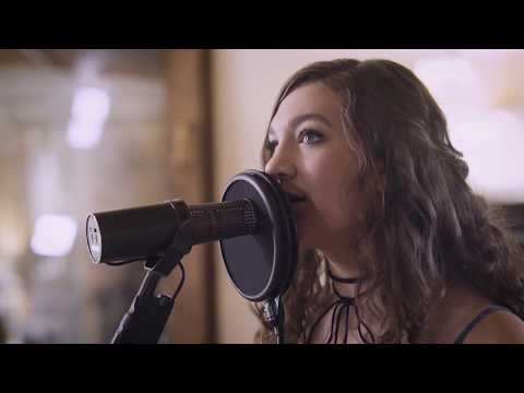 Whitney Woerz-Idea of Her (Acoustic-Live)