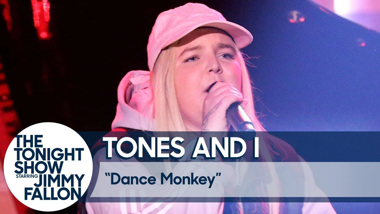 Tones and I: Dance Monkey (US TV Debut)
