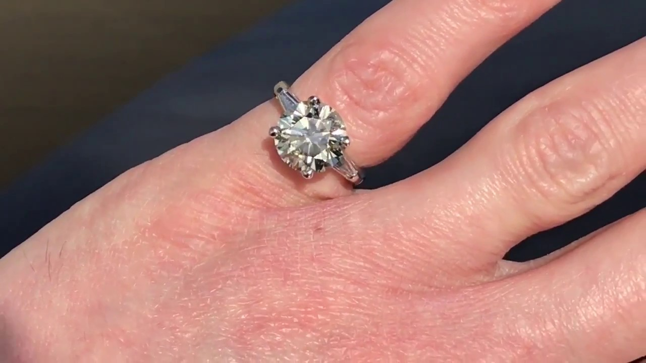 4 Carat Diamond Ring - YouTube