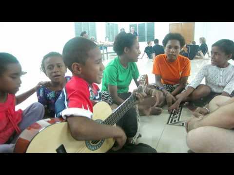 Hosanna, Hosanna (Papua New Guinea Worship Song)
