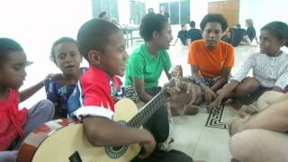 Hosanna, Hosanna (Papua New Guinea Worship Song)