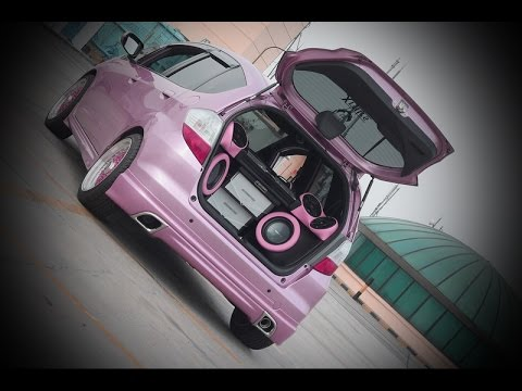 modifikasi audio mobil honda new jazz lady owner esql kosmetik pink interior